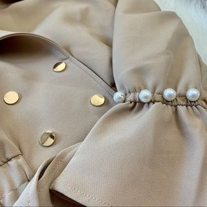 Women's Vintage Trench Coat with Pearls!